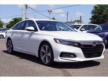 2018 Platinum White Honda Accord Touring 4 Door I4 DOHC 16V Turbocharged Engine FWD