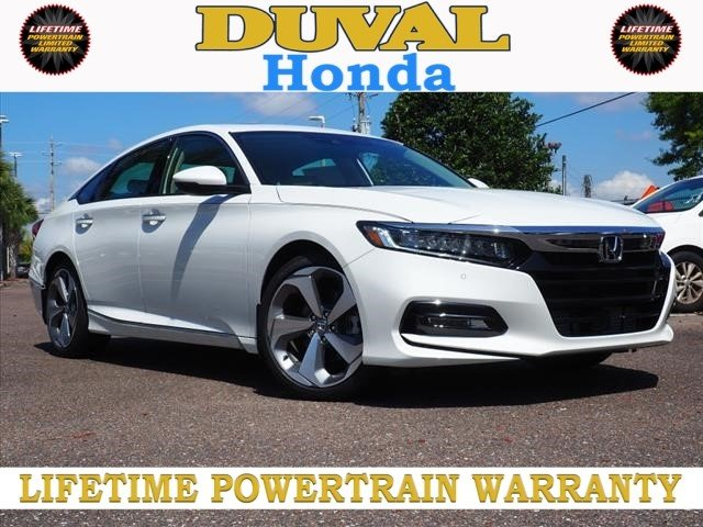 2018 Platinum White Pearl Honda Accord Touring 4 Door Automatic (CVT) Sedan I4 DOHC 16V Turbocharged Engine
