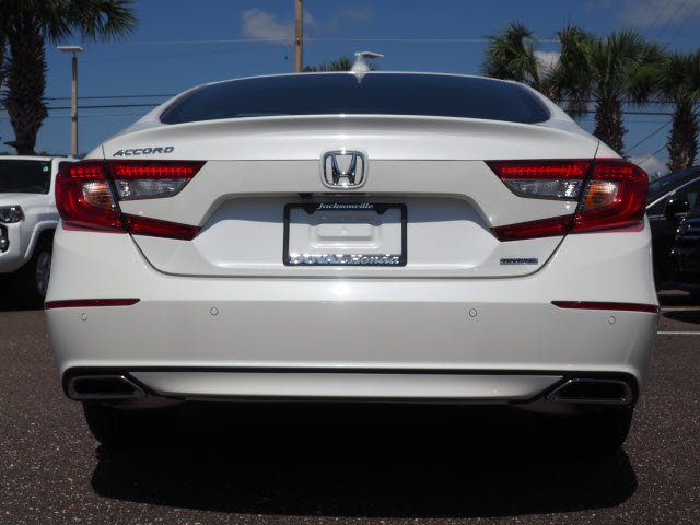 2018 Honda Accord Touring FWD Sedan 4 Door I4 DOHC 16V Turbocharged Engine
