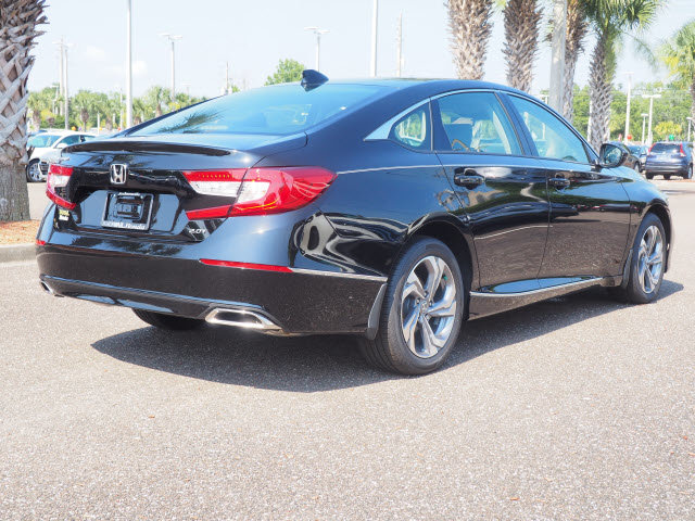 2018 Crystal Black Pearl Honda Accord EX-L Navi 2.0T I4 DOHC 16V Turbocharged Engine Automatic Sedan FWD