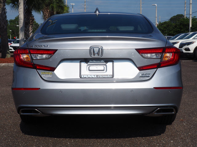 2018 Lunar Silver Metallic Honda Accord Touring 2.0T Automatic Sedan I4 DOHC 16V Turbocharged Engine 4 Door FWD