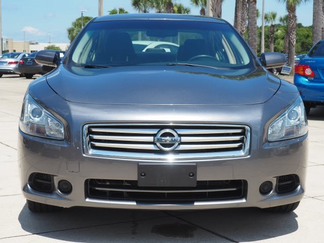 2014 Gun Metallic Nissan Maxima 3.5 S 4 Door Automatic (CVT) 3.5L V6 DOHC 24V Engine Sedan FWD