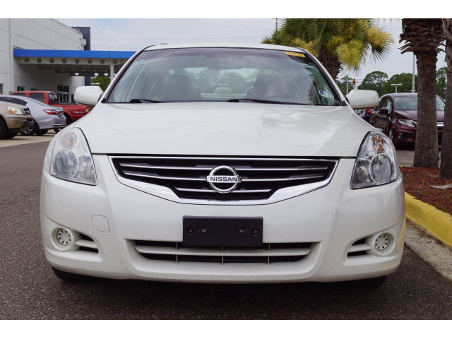 2010 Nissan Altima 2.5 S 4 Door 2.5L 4-Cylinder SMPI DOHC Engine FWD Sedan
