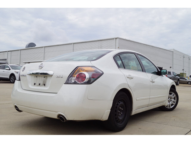 2010 Nissan Altima 2.5 S 2.5L 4-Cylinder SMPI DOHC Engine Sedan 4 Door