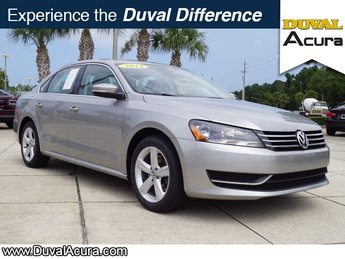 2014 Candy White Volkswagen Passat SE FWD 4 Door Sedan Automatic 1.8L 4-Cylinder DOHC Engine