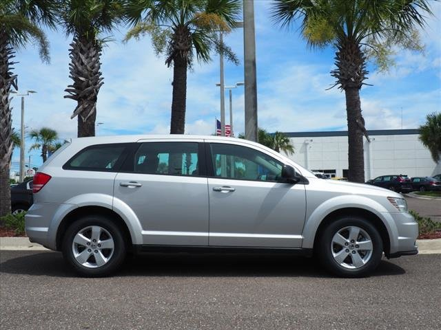 2013 Bright Silver Metallic Dodge Journey American Value Pkg FWD 4 Door SUV 2.4L I4 DOHC 16V Dual VVT Engine Automatic