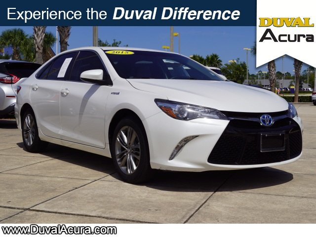 2015 Super White Toyota Camry LE Automatic (CVT) FWD 4 Door