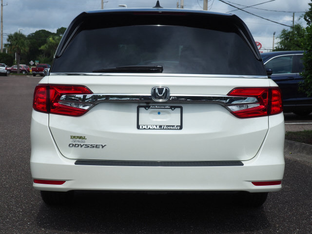 2018 Diamond White Pearl Honda Odyssey EX-L 4 Door Automatic Van