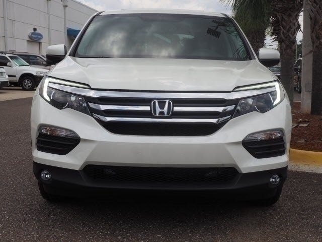 2018 White Diamond Pearl Honda Pilot EX-L Automatic 3.5L V6 24V SOHC i-VTEC Engine 4 Door