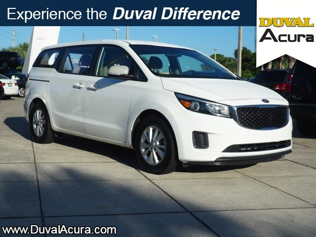 2016 Clear White Kia Sedona L Van FWD 4 Door 3.3L V6 DGI Engine Automatic