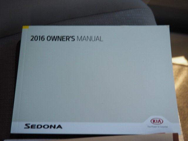 2016 Clear White Kia Sedona L 4 Door 3.3L V6 DGI Engine Van