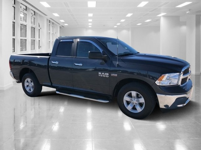 2016 Ram 1500 SLT 4 Door Automatic RWD Truck Regular Unleaded V-8 5.7 L/345 Engine