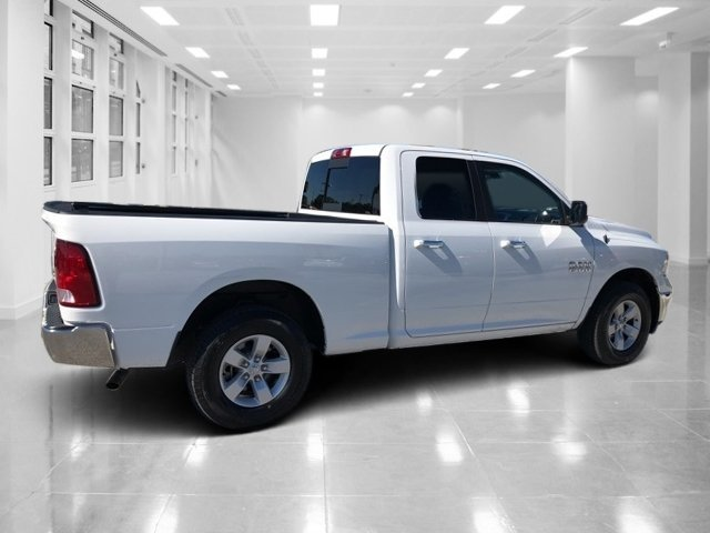 2017 Bright White Clearcoat Ram 1500 SLT 4 Door Automatic 4X4 Regular Unleaded V-6 3.6 L/220 Engine
