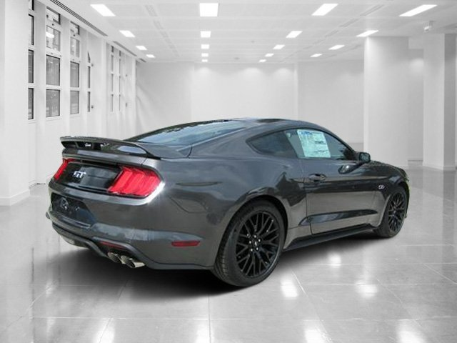 2019 Magnetic Metallic Ford Mustang GT RWD Coupe 2 Door