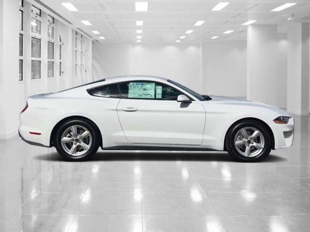 2018 Oxford White Ford Mustang EcoBoost Coupe RWD Automatic 2 Door Intercooled Turbo Premium Unleaded I-4 2.3 L/140 Engine