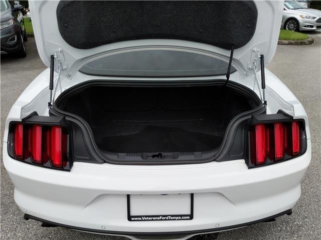 2016 Oxford White Ford Mustang EcoBoost Premium 2 Door Intercooled Turbo Premium Unleaded I-4 2.3 L/140 Engine Coupe
