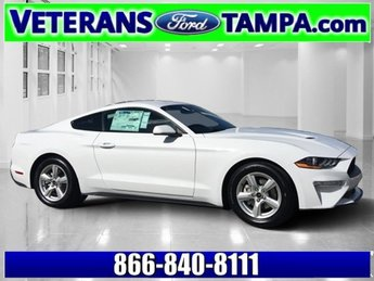 2018 Oxford White Ford Mustang EcoBoost Automatic Coupe RWD Intercooled Turbo Premium Unleaded I-4 2.3 L/140 Engine