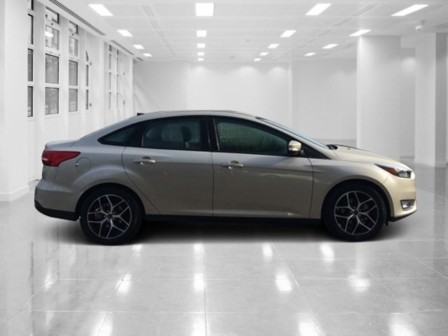 2018 White Gold Metallic Ford Focus SEL I4 Engine 4 Door Automatic