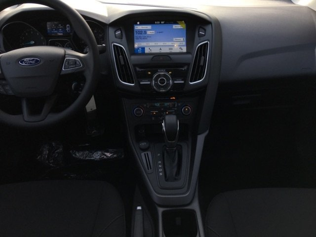 2018 Ford Focus SEL FWD 4 Door I4 Engine