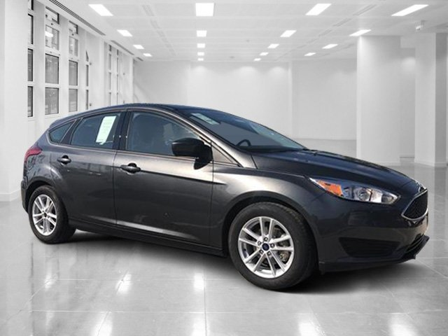 2018 Ford Focus SE Hatchback Regular Unleaded I-4 2.0 L/122 Engine 4 Door FWD Manual