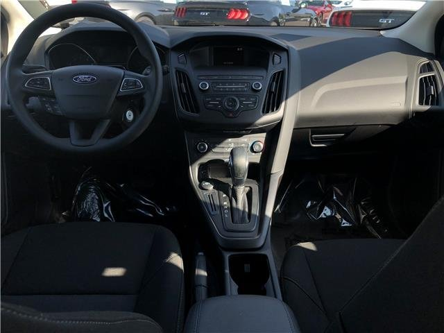 2018 Ford Focus SE Regular Unleaded I-4 2.0 L/122 Engine 4 Door Manual FWD