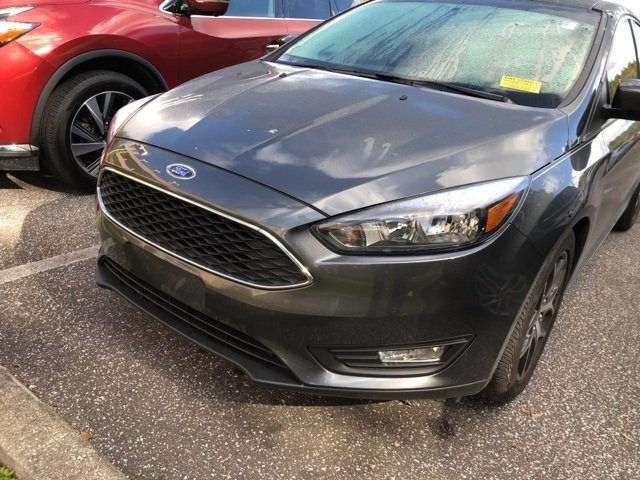 2018 Magnetic Metallic Ford Focus SEL Automatic I4 Engine Hatchback