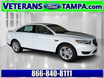 2018 Oxford White Ford Taurus SE FWD Regular Unleaded V-6 3.5 L/213 Engine 4 Door Sedan