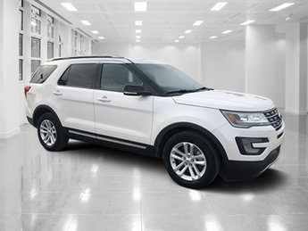 2016 Ford Explorer XLT Automatic SUV 4 Door Regular Unleaded V-6 3.5 L/213 Engine