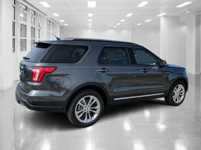 2019 Magnetic Metallic Ford Explorer XLT SUV FWD Regular Unleaded V-6 3.5 L/213 Engine