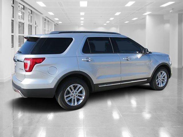 2016 Ford Explorer XLT Automatic FWD SUV 4 Door