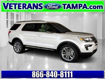 2018 White Platinum Metallic Tri-Coat Ford Explorer XLT FWD SUV Regular Unleaded V-6 3.5 L/213 Engine Automatic