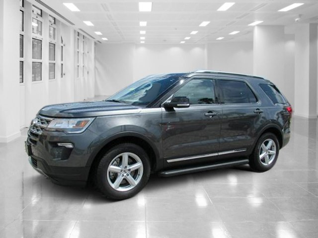 2018 Ford Explorer XLT SUV Automatic 4 Door FWD Intercooled Turbo Premium Unleaded I-4 2.3 L/140 Engine