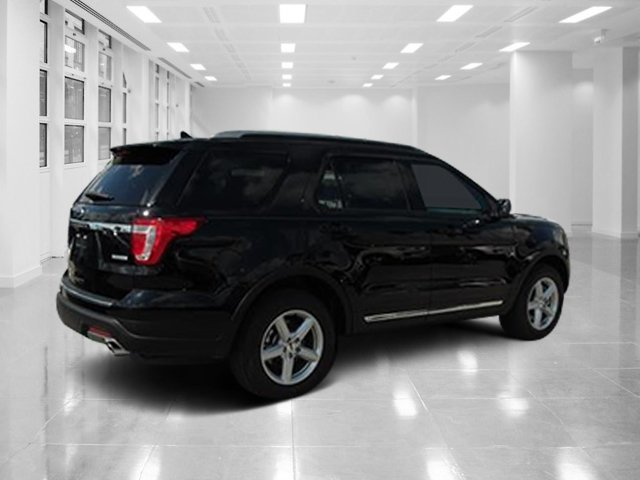 2018 Shadow Black Ford Explorer XLT FWD SUV Intercooled Turbo Premium Unleaded I-4 2.3 L/140 Engine