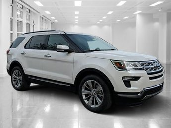 2019 White Platinum Metallic Tri-Coat Ford Explorer Limited Intercooled Turbo Premium Unleaded I-4 2.3 L/140 Engine FWD 4 Door SUV