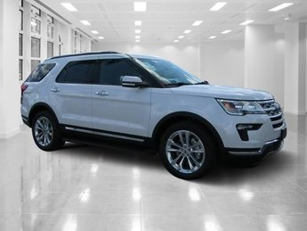 2018 White Platinum Metallic Tri-Coat Ford Explorer Limited Intercooled Turbo Premium Unleaded I-4 2.3 L/140 Engine 4 Door SUV Automatic FWD