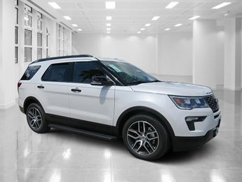 2018 White Platinum Metallic Tri-Coat Ford Explorer Sport Twin Turbo Premium Unleaded V-6 3.5 L/213 Engine AWD SUV Automatic 4 Door