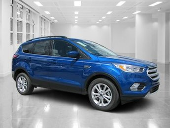 2018 Lightning Blue Metallic Ford Escape SE Automatic FWD Intercooled Turbo Regular Unleaded I-4 1.5 L/91 Engine 4 Door