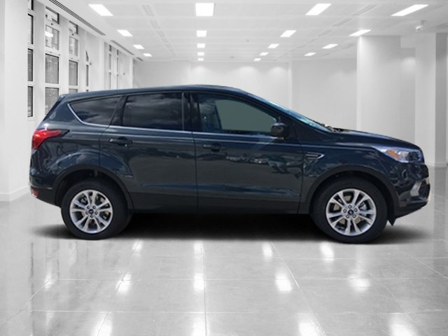 2019 Ford Escape SE SUV 4 Door FWD Intercooled Turbo Regular Unleaded I-4 1.5 L/92 Engine