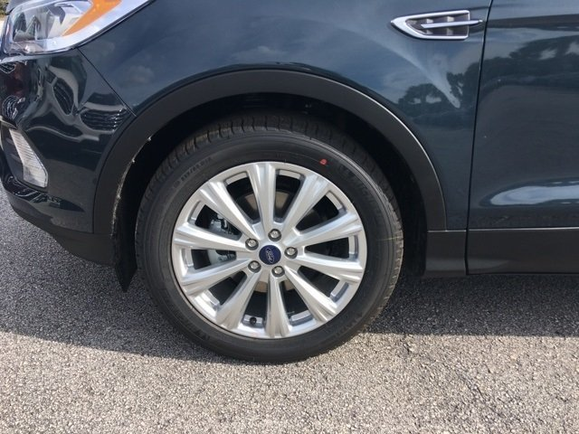 2019 Ford Escape SEL SUV 4 Door FWD Automatic