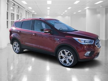 2019 Ruby Red Metallic Tinted Clearcoat Ford Escape Titanium FWD SUV 4 Door Automatic Intercooled Turbo Premium Unleaded I-4 2.0 L/122 Engine