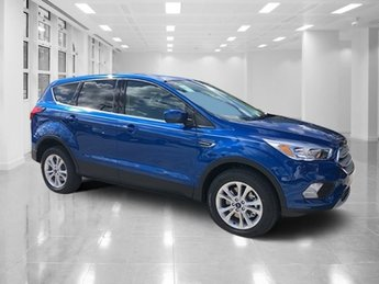 2019 Lightning Blue Metallic Ford Escape SE 4 Door 4X4 Intercooled Turbo Regular Unleaded I-4 1.5 L/92 Engine Automatic SUV