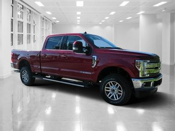 2019 Ruby Red Metallic Tinted Clearcoat Ford Super Duty F-250 SRW Lariat 4X4 Intercooled Turbo Diesel V-8 6.7 L/406 Engine Truck 4 Door Automatic