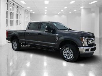 2019 Magnetic Metallic Ford Super Duty F-250 SRW XLT Automatic Intercooled Turbo Diesel V-8 6.7 L/406 Engine 4X4 4 Door Truck