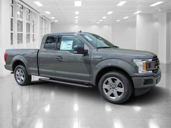 2018 Ford F-150 XLT Automatic Regular Unleaded V-8 5.0 L/302 Engine RWD
