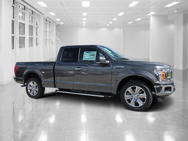 2018 Magnetic Metallic Ford F-150 XLT RWD Automatic 4 Door