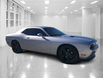 2014 Dodge Challenger R/T RWD 2 Door Regular Unleaded V-8 5.7 L/345 Engine Coupe Automatic