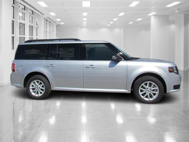 2018 Ingot Silver Metallic Ford Flex SE Automatic FWD Regular Unleaded V-6 3.5 L/213 Engine 4 Door