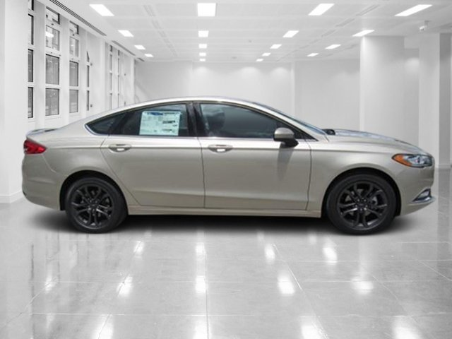 2018 White Gold Metallic Ford Fusion SE FWD Intercooled Turbo Regular Unleaded I-4 1.5 L/91 Engine 4 Door Automatic Sedan