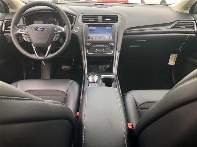2018 Magnetic Metallic Ford Fusion SE FWD Intercooled Turbo Regular Unleaded I-4 1.5 L/91 Engine Sedan 4 Door