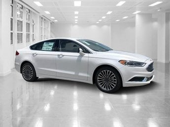 2018 White Platinum Metallic Tri-Coat Ford Fusion SE FWD Intercooled Turbo Regular Unleaded I-4 1.5 L/91 Engine 4 Door Sedan